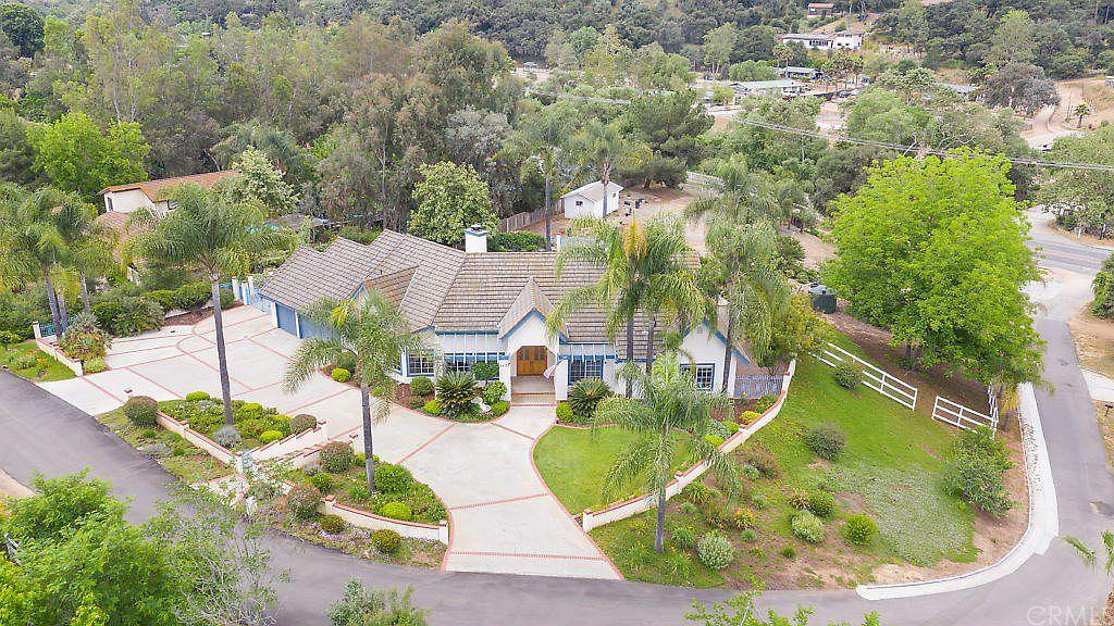 4455 Baja Mission Rd Fallbrook Ca 92028 Zillow