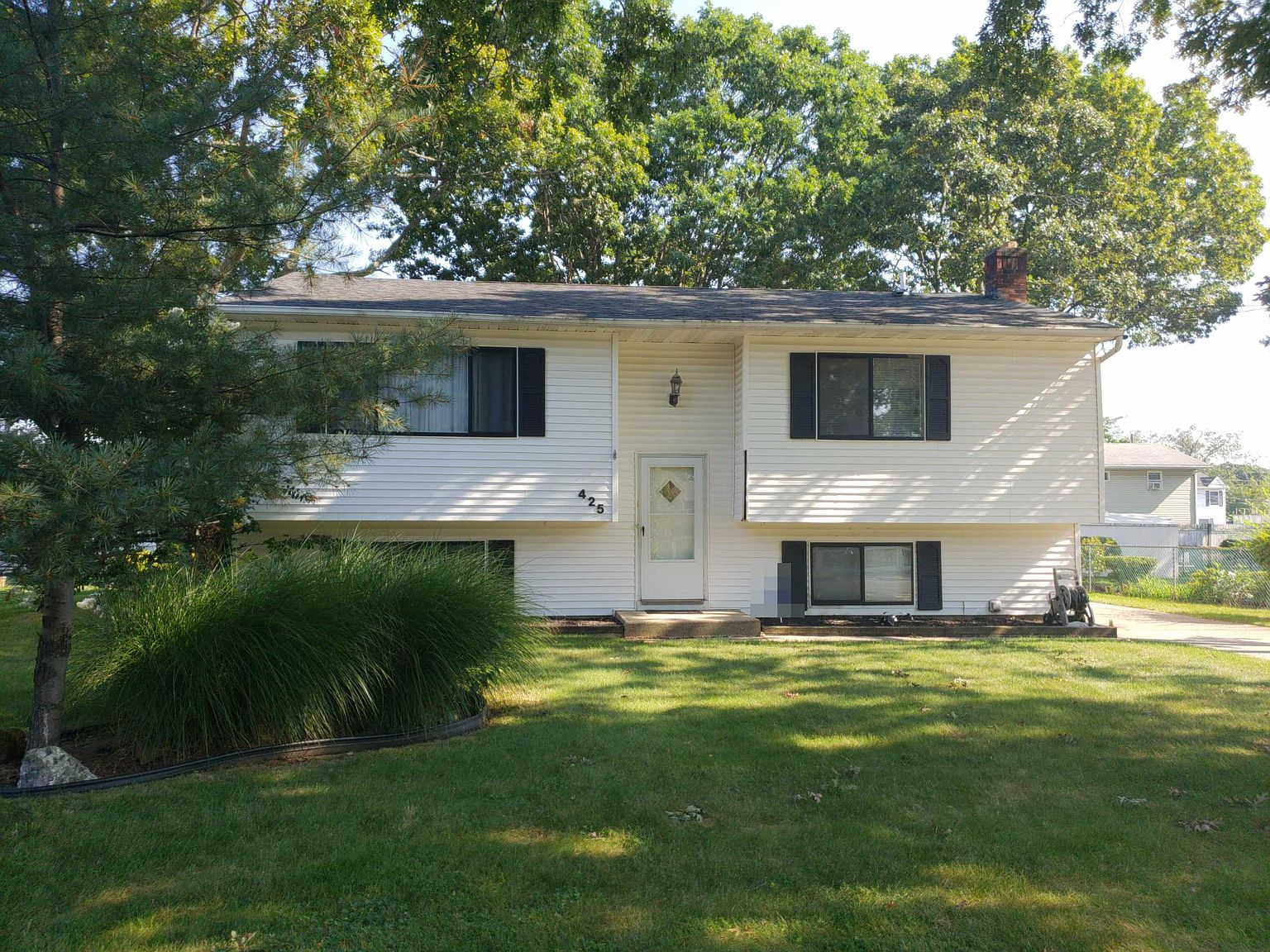 425 41st St Copiague Ny 11726 Zillow