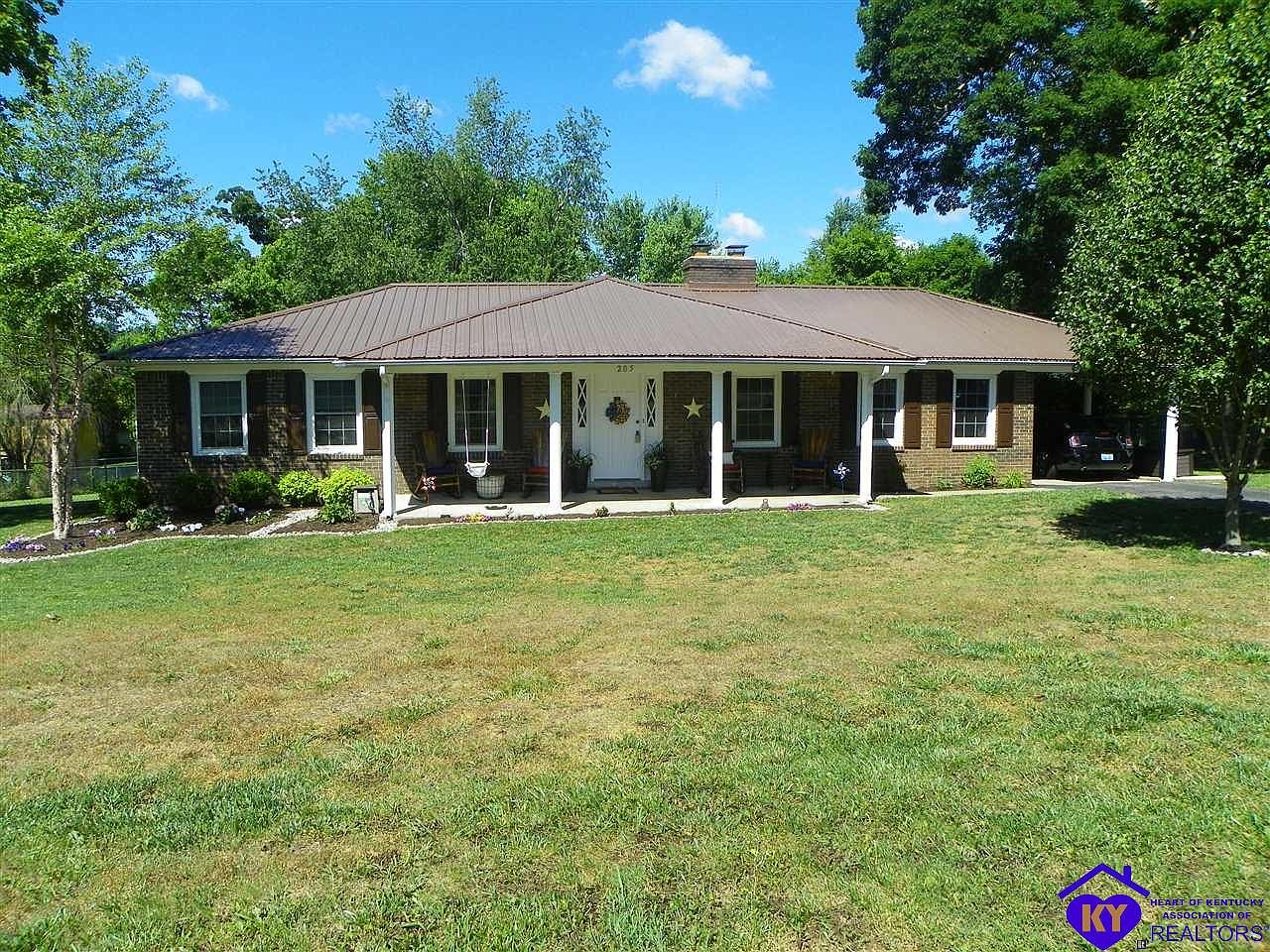 205 Lakewood Dr Elizabethtown Ky 42701 Mls 10052706 Zillow