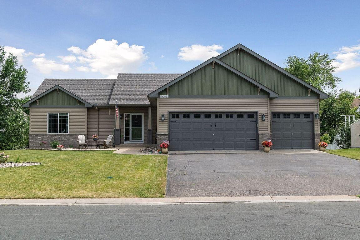 1045 Goldfinch Dr Waconia Mn 55387 Zillow