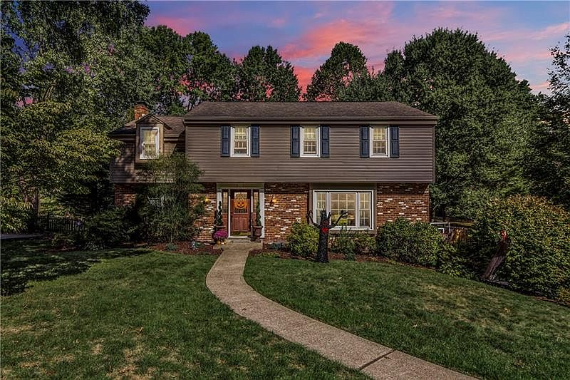 2473 Corteland Dr Pittsburgh Pa 15241 Zillow