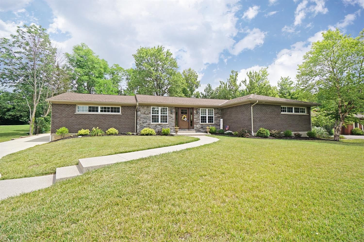 5658 Muirwood Dr Cincinnati Oh 45233 Zillow