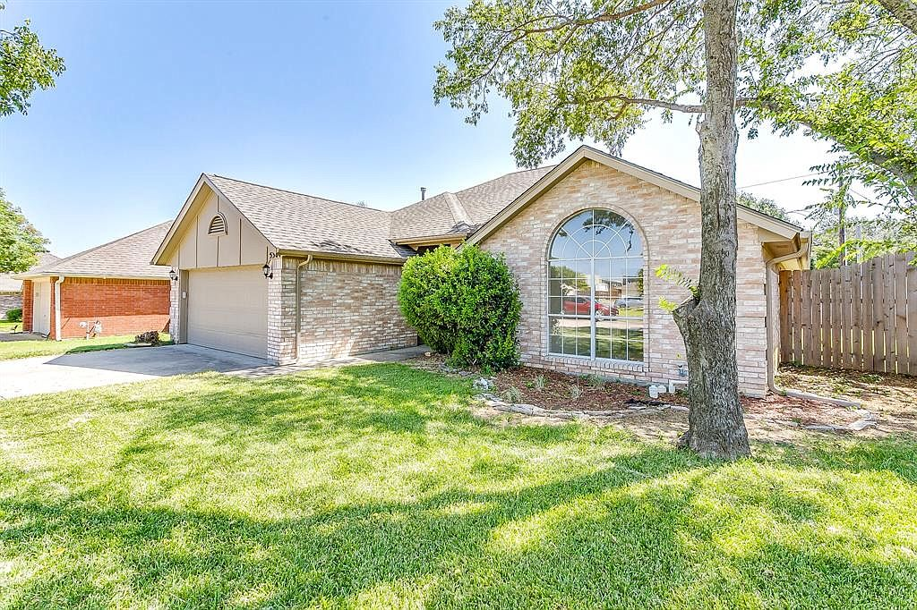 5304 Texas Dr Fort Worth Tx 76180 Zillow