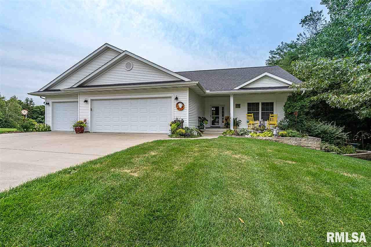 2121 Parkway Dr Port Byron Il 61275 Zillow