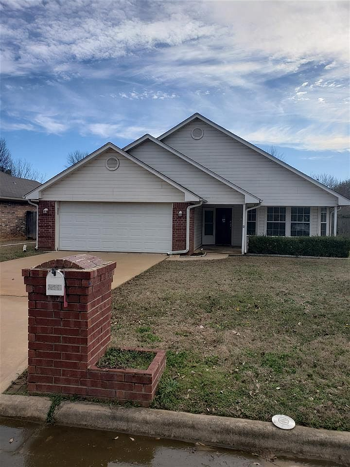 2530 Briarwood Dr Paris Tx 75460 Zillow