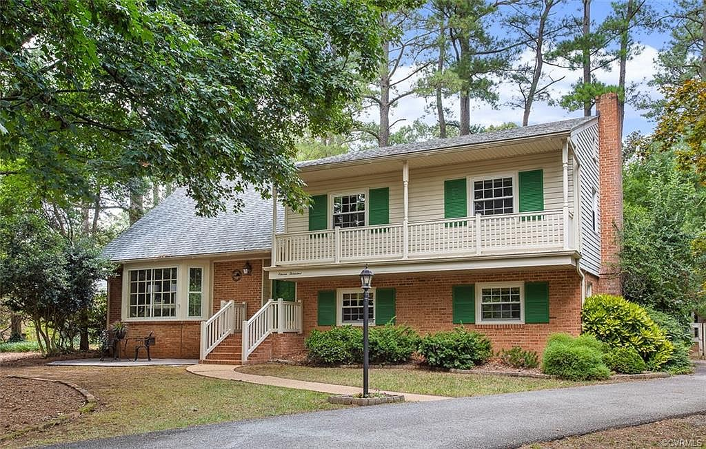11000 Sydelle Dr North Chesterfield Va 23235 Zillow