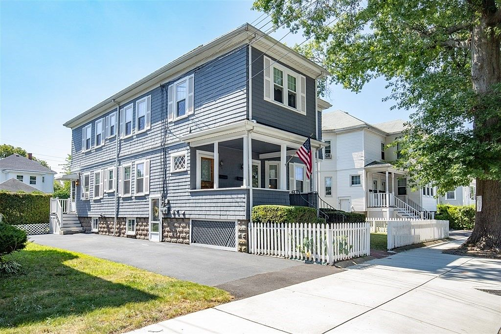 106 108 Lawrence St Malden Ma 02148 Zillow