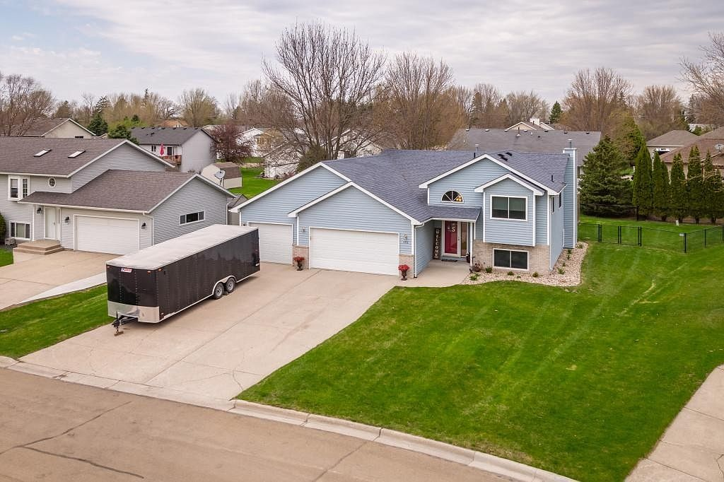 576 Morning Dr Owatonna Mn 55060 Zillow