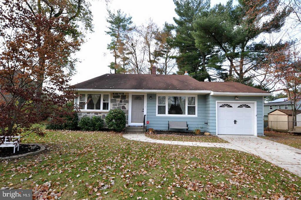 1603 S Bowling Green Dr Cherry Hill Nj 08003 Zillow