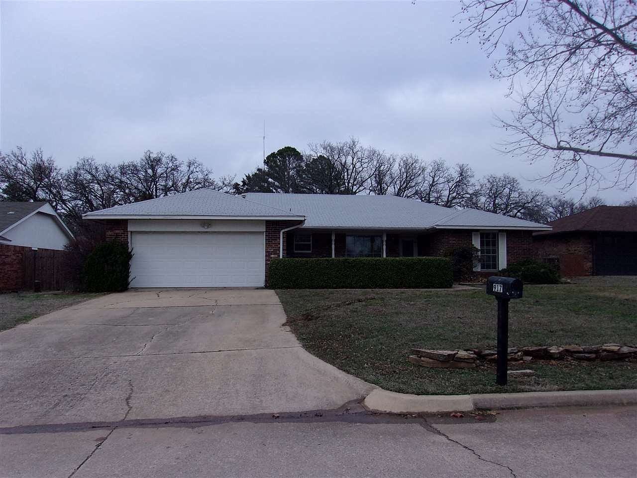 917 Daryl Pl Duncan Ok 73533 Mls 34845 Zillow