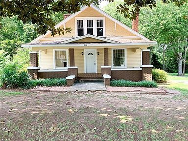 2118 N Main Ave Newton Nc 28658 Zillow