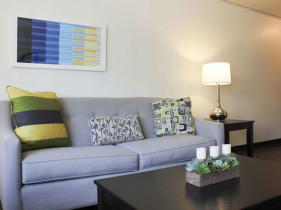 Boulevard Apartment Rentals - Milwaukee, WI