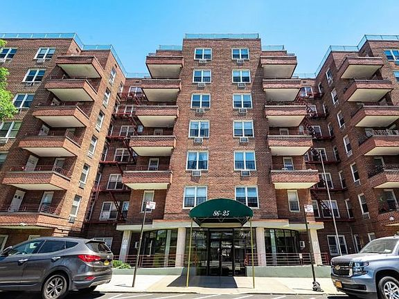 Briar Wyck Apartments - Queens, NY | Zillow