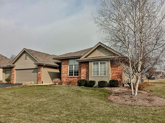 12413 Tweed Dr, Loves Park, IL 61111 | MLS #10333213 | Zillow