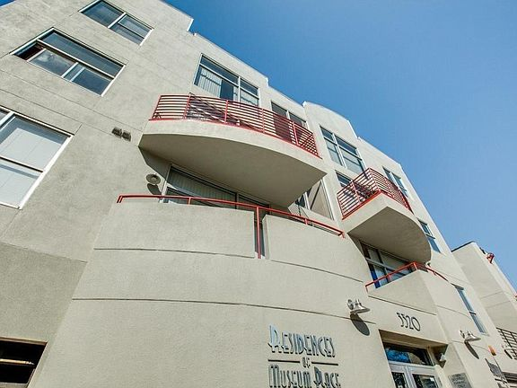 Residences of Museum Place Apartments - Fort Worth, TX ...