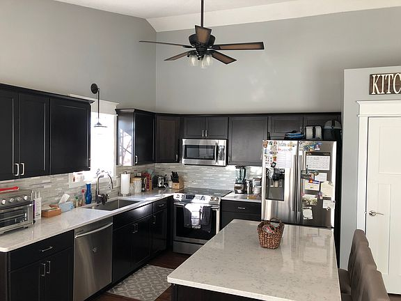 1437 Timberwood Dr Findlay Oh 45840 Zillow