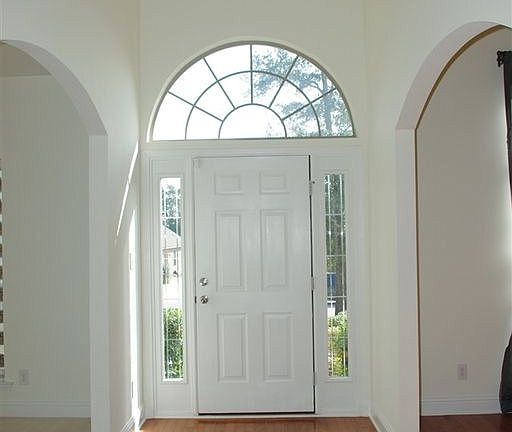 Saraland Houses: 8059 Carolina Cir W, Saraland, AL 36571