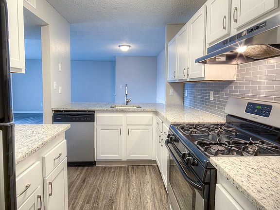 Grandview Apartments by Albion Apartment Rentals ...