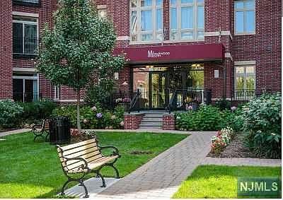 Fantastic 4426 Riverview Ave 4426 Englewood Nj 07631 Zillow Evergreenethics Interior Chair Design Evergreenethicsorg