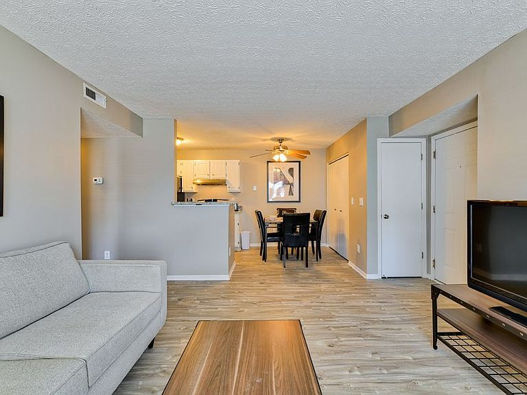 . Hilliard Station Apartments
