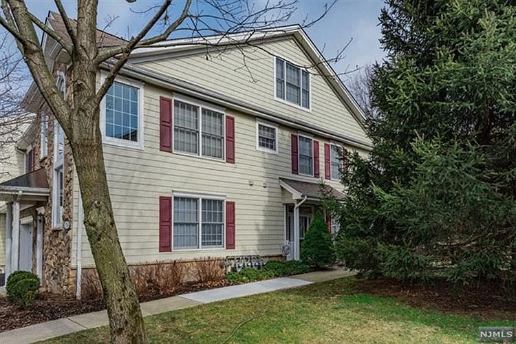 51 Pine Lake Ter Westwood, NJ, 07675 - Apartments for Rent ...