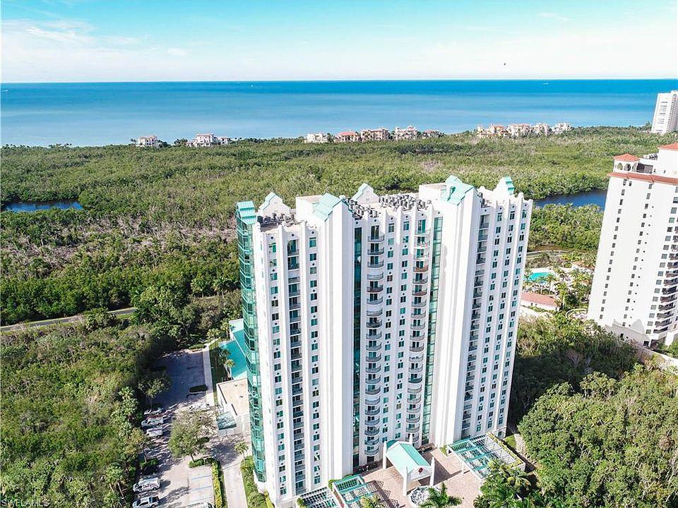 7515 Pelican Bay Blvd Apt 4b, Naples, FL 34108