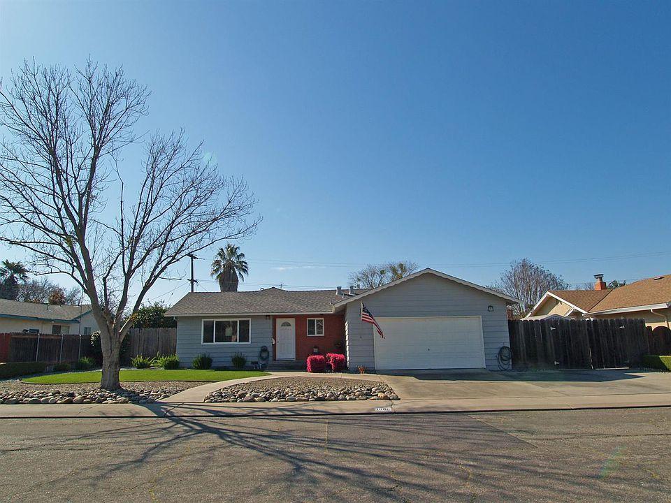 1008 Academy Ave, Modesto, CA 95350