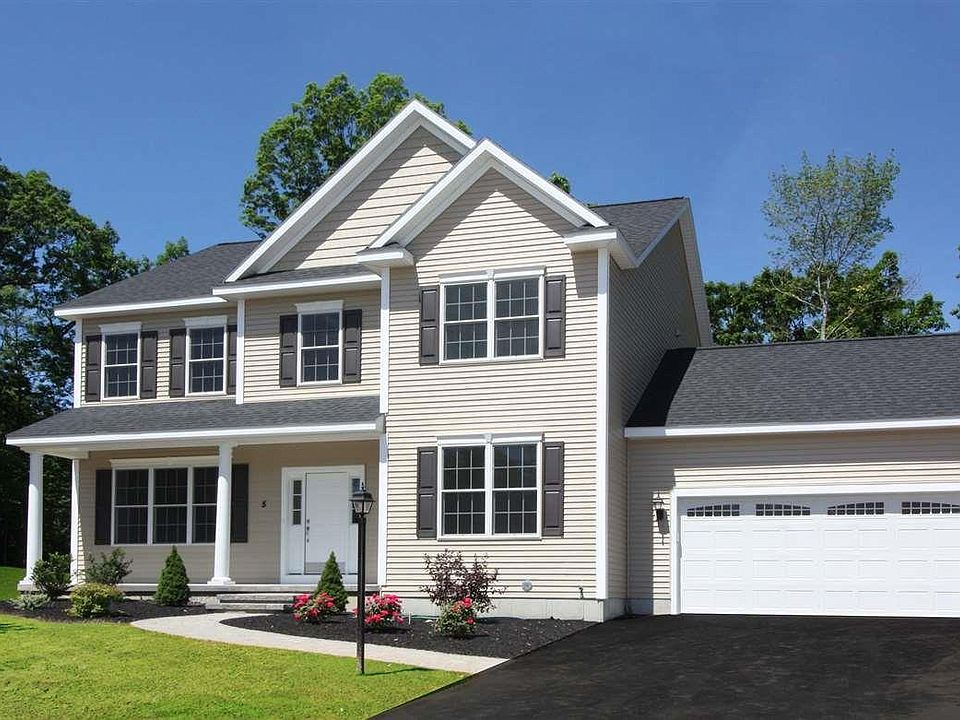 3 Whitbeck Ct, Watervliet, NY 12189