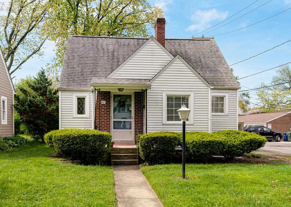 Admirable 21 E Beaumont Rd Columbus Oh 43214 Mls 219015542 Zillow Download Free Architecture Designs Remcamadebymaigaardcom