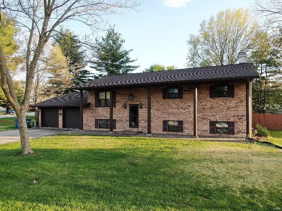 119 Pinewood Ct Troy Il 62294 Zillow