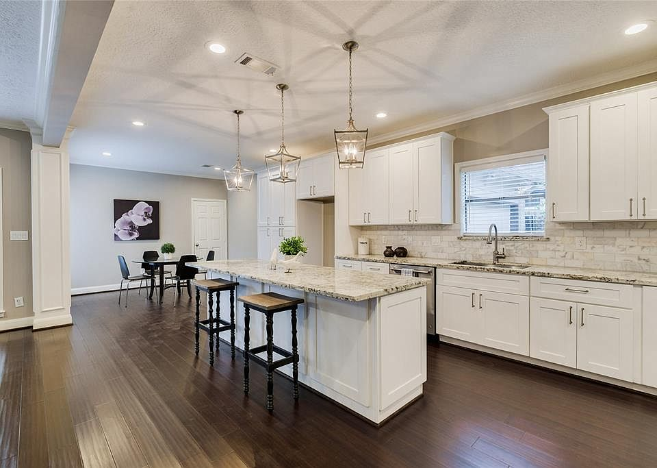 1103 Fleetwood Place Dr, Houston, TX 77079 | Zillow