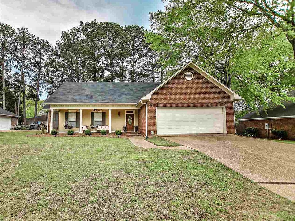 Swell 105 Timbercrest Dr Ridgeland Ms 39157 Mls 318472 Zillow Home Interior And Landscaping Ologienasavecom