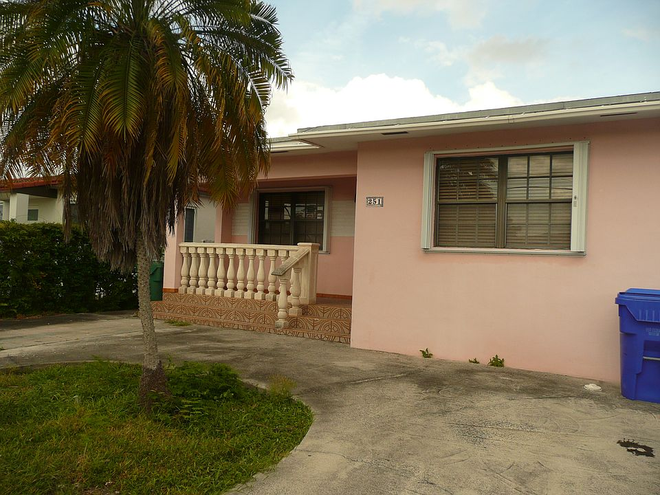 251 Nw 58th Ct Miami Fl 33126