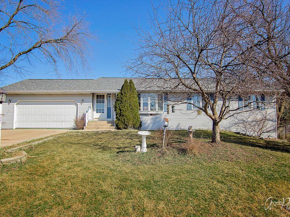 2202 Westward Dr Spring Grove Il 60081 Zillow