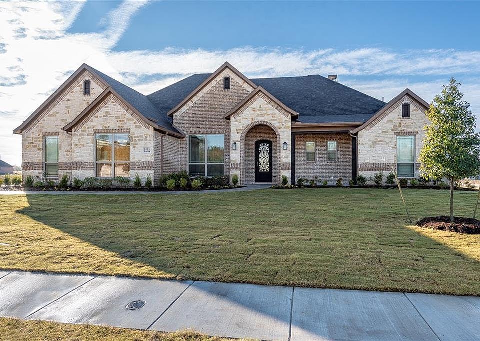 1015 Rennard St, Caddo Mills, TX 75135