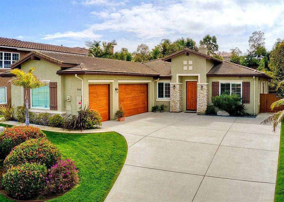 Tremendous 1648 Brady Cir Carlsbad Ca 92008 Mls 190015068 Zillow Home Interior And Landscaping Ologienasavecom