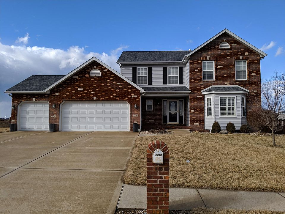1483 Martin Dr Troy Il 62294 Zillow