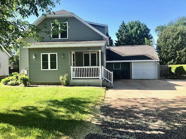 1725 Garfield Ave Wausau Wi 54401 Mls 22002742 Zillow