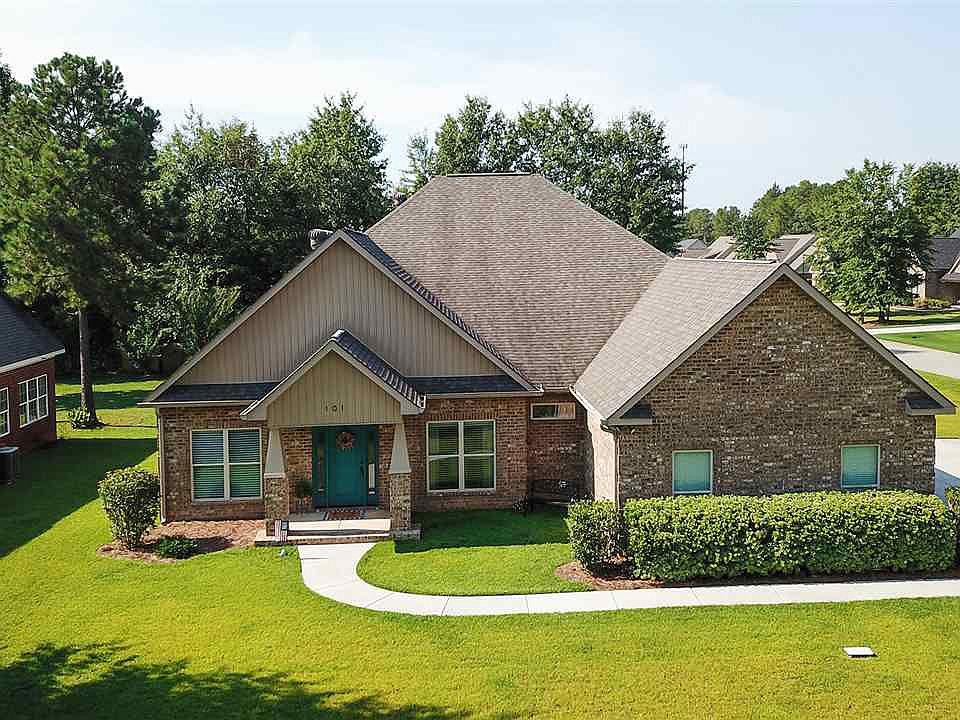 Groovy 101 Belleview Ct Macon Ga 31216 Home Interior And Landscaping Mentranervesignezvosmurscom