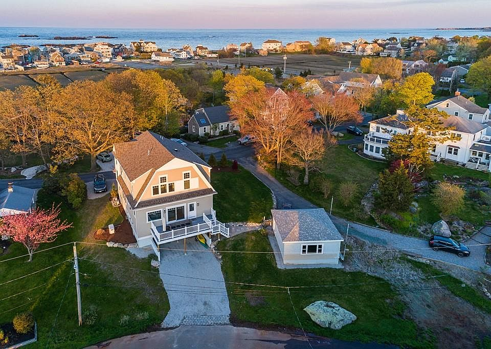 15 Buttonwood Ln, Scituate, MA 02066