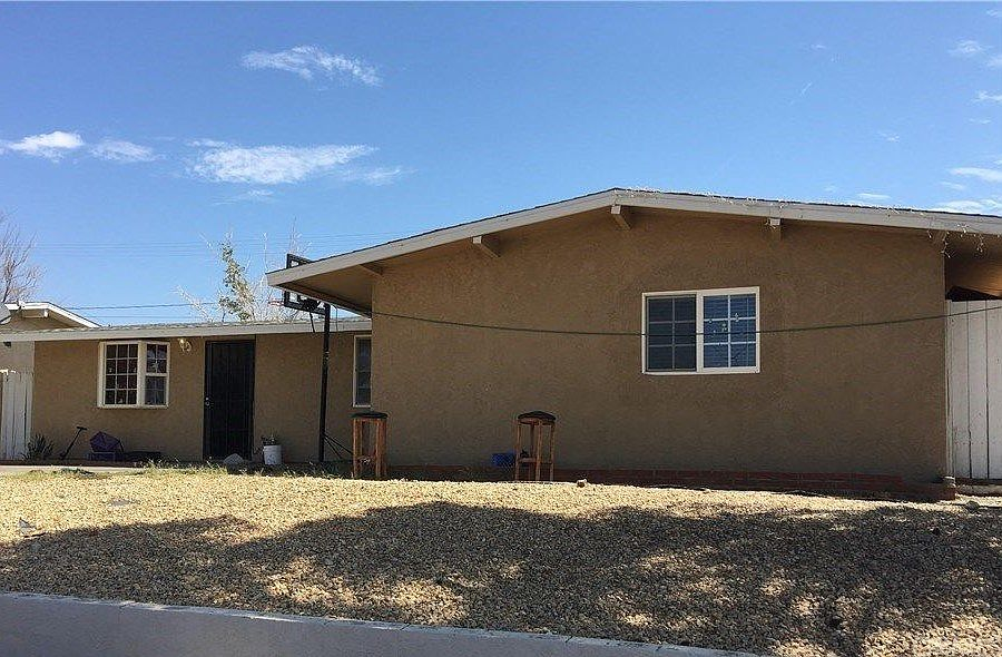 711 Frances Dr Barstow Ca 92311 Zillow