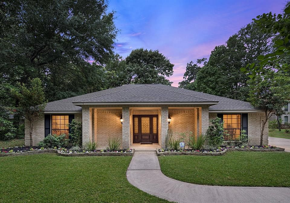 Tremendous 5707 Seclusion Dr Houston Tx 77049 Mls 59355290 Zillow Home Remodeling Inspirations Genioncuboardxyz