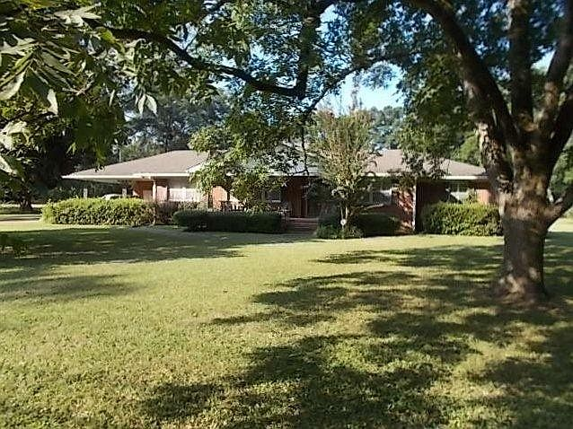 Duck Hill Ms >> 117 Jefferson Davis St Duck Hill Ms 38925 Mls 105681 Zillow