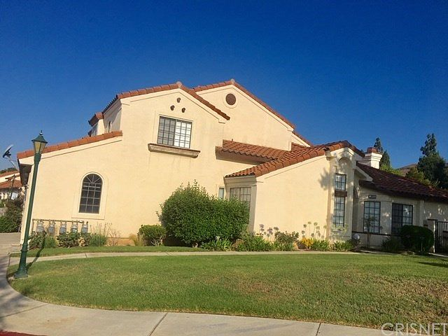 380 Country Club Dr, Simi Valley, CA 93065