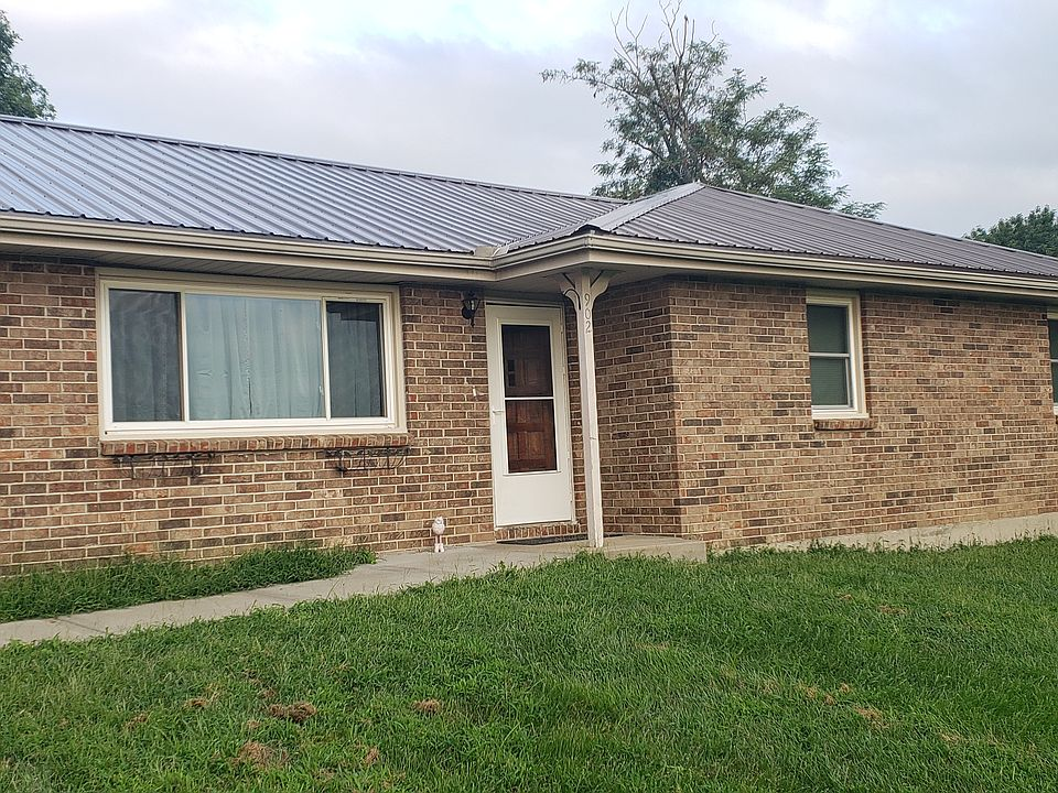 902 N F Hwy Garden City Mo 64747 Zillow