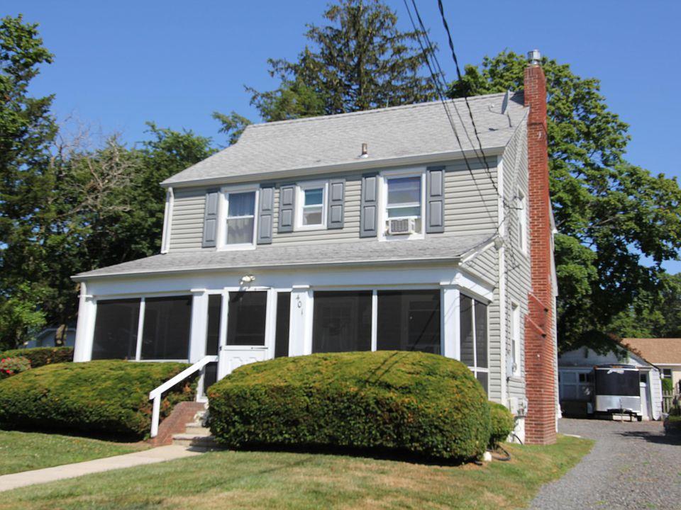 401 Slocum Ave, Neptune, NJ 07753