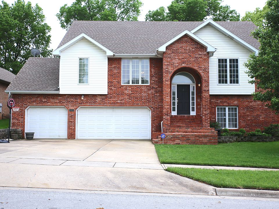 Superb 648 E Lakewood Pl Springfield Mo 65810 Mls 60135980 Zillow Download Free Architecture Designs Rallybritishbridgeorg