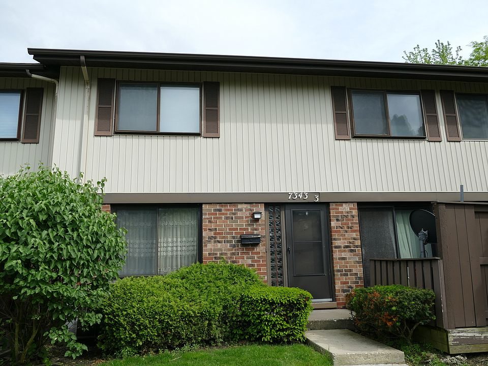 7343 Country Creek Way, Unit 3, Downers Grove, IL 60516