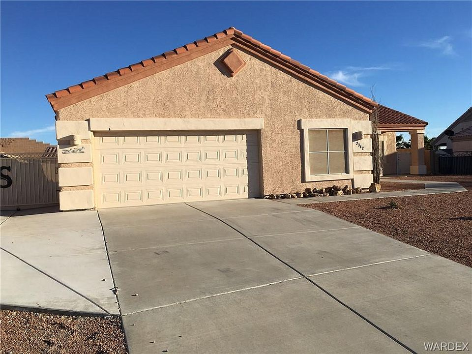 2342 Silverthorne Dr, Bullhead City, AZ 86442