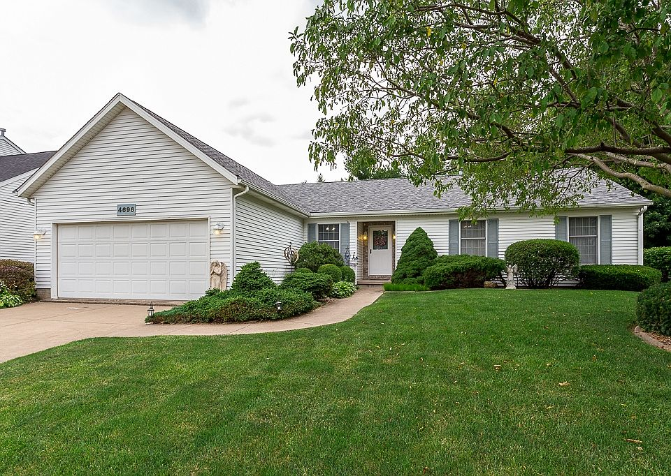 4696 34th St Bettendorf Ia 52722 Zillow